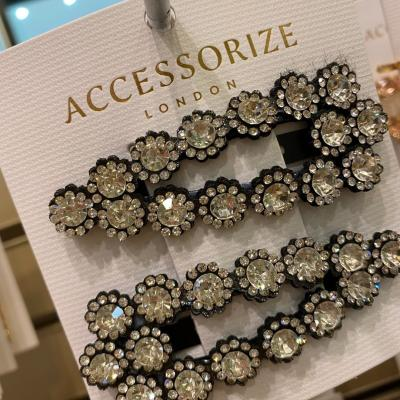 Get Summer ready with these perfect additions to your outfit ✨  @accessorize   #walton #accessorize #theheart  #ss21 #styleinspo #styleinspiration #waltononthames